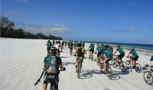 Read more about the article Cycling for Kenya Event 2014
